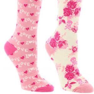 Betsey Johnson 2 Pack Crew Socks Gift Box